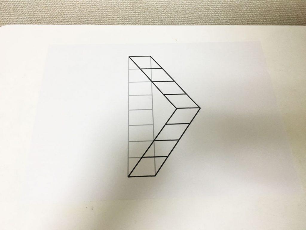 トリックアートの描き方 紙とペンがあれば5分で誰でも簡単に作成可能